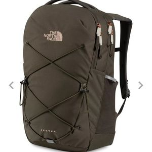 The North Face  27 L Backpack